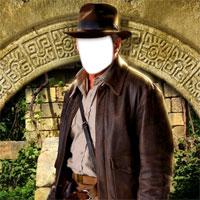 Indiana Jones face in hole fun Effect
